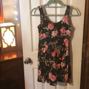 F21 Floral print skater skirt size medium
